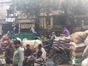 a-old-delhi-trafico
