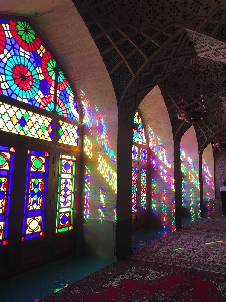 iran-shiraz-mezquita-rosa