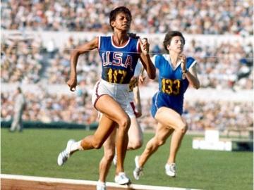 Wilma rudolph la nia invlida que se convirti en la mujer ms en 1956 con tan solo 16 aos viajara a melbourne para participar en los juegos olmpicos en los 200 metros y en los relevos 4100 voltagebd Gallery