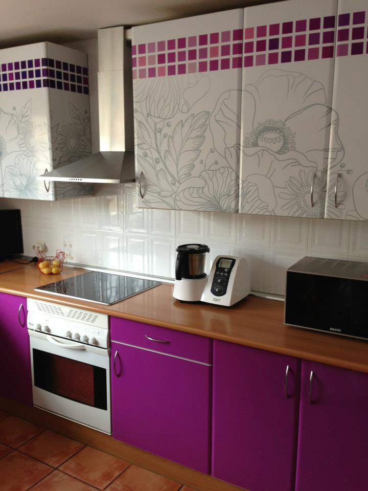 Cambia el aspecto de tu casa sin obras la casa de cora - Pegatinas para cocinas ...