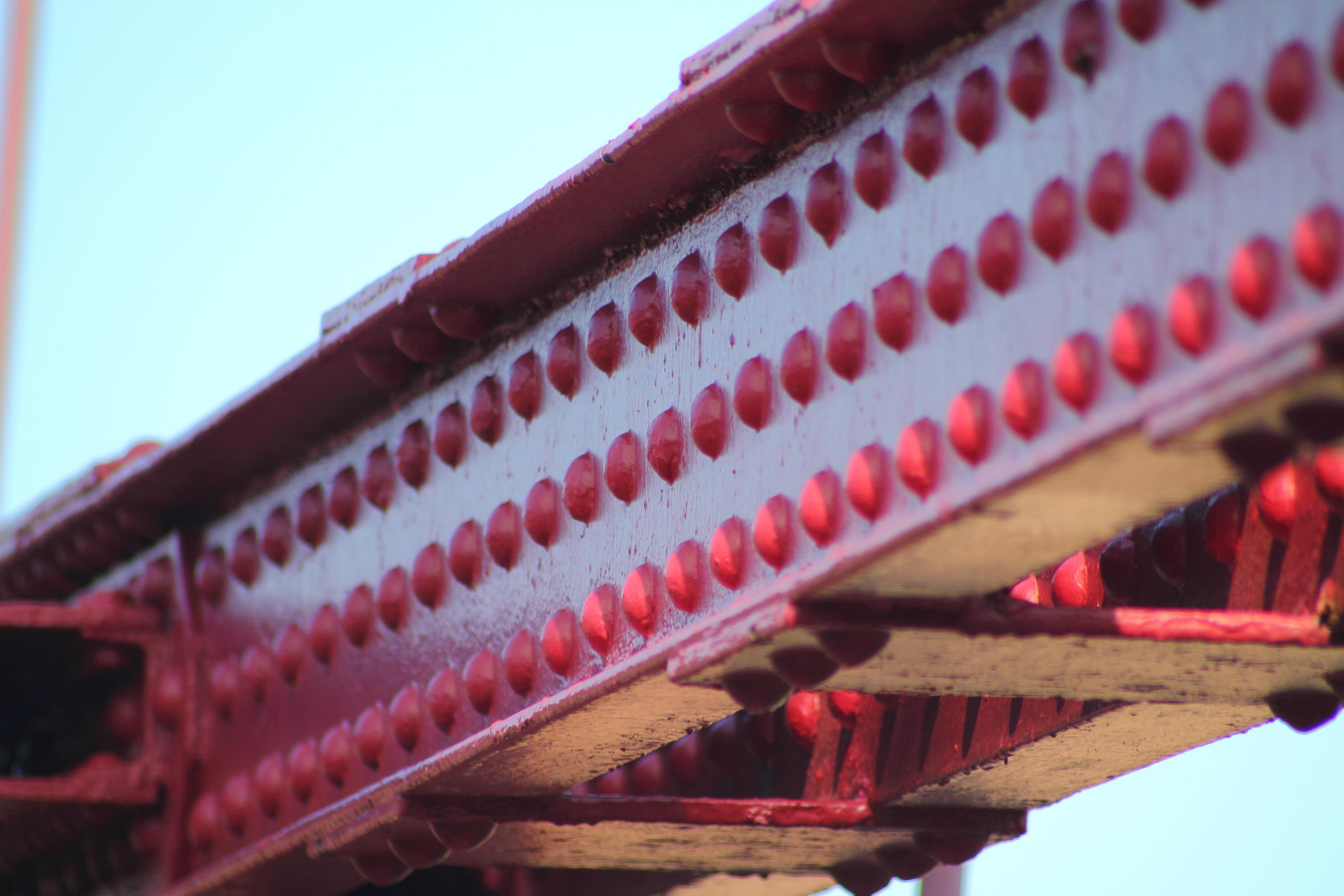 El puente colgante de bizkaia icono de un pasado for Remaches de hierro