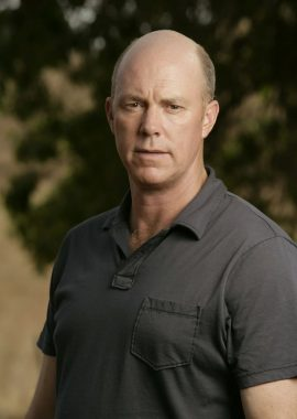 Michael Gaston stars as Gray Anderson in JERICHO, a new drama about what happens when a nuclear mushroom cloud suddenly appears on the horizon, plunging the residents of a small Kansas town into chaos, leaving them completely isolated and wondering if they're the only Americans left alive. Photo: Cliff Lipson/CBS ©2006 CBS Broadcasting Inc. All Rights Reserved
