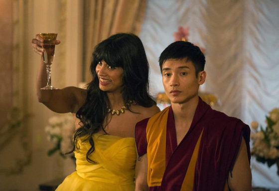 "THE GOOD PLACE -- ""Everything Is Fine"" Episode 101-- Pictured: (l-r) Jameela Jamil as Tehani, Manny Jacinto as Jianyu -- (Photo by: Justin Lubin/NBC)"