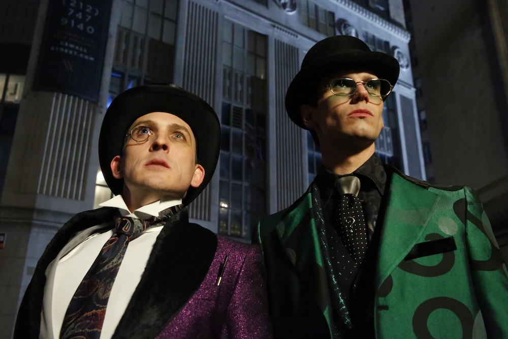 """GOTHAM: L-R: Robin Lord Taylor and Cory Michael Smith in the """"The Beginning..."""" series finale episode of GOTHAM airing Thursday, April 25 (8:00-9:00 PM ET/PT) on FOX. ©2019 Fox Media LLC Cr: FOX"""